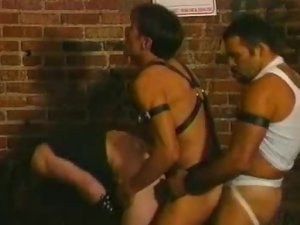 Beefcakes Having An Orgy
