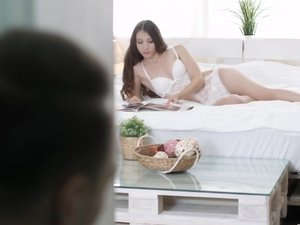 Stephany Moon gets so cock-starved so she's fucking like never before in her life