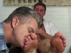 Connor Gets Off Twice Being Worshiped - Connor