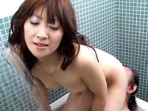 Horny woman, Miku Sachi likes facesitting