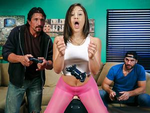 Sybian Gamer Girl