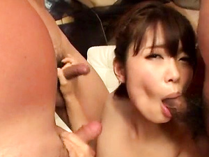 Yura Kurokawa mind blowing cock sucking porn show