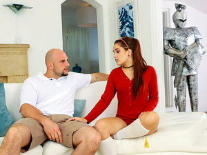 Exxxtra small – Chivalry For A Small Chick
