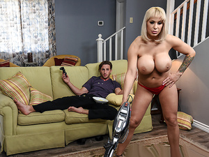 Brazzers – She's Always Naked