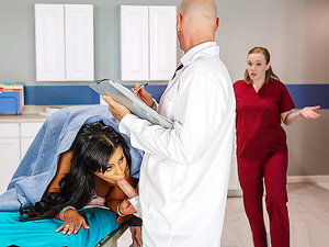 Brazzers – Triage These Tits