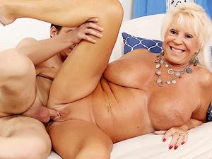 Granny Mandy McGraw seduces boy