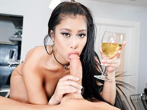 This Girl Sucks – The Sloppy Blowjob