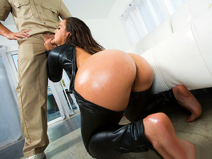 Brazzers – Catsuit Booty Bang