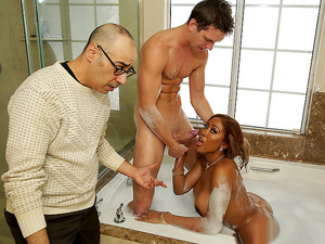Brazzers – Bubble Bath Booty Call