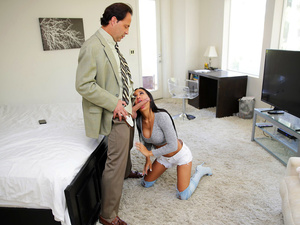 Nanny Spy – Lonely Dad Seduces Slutty Nanny