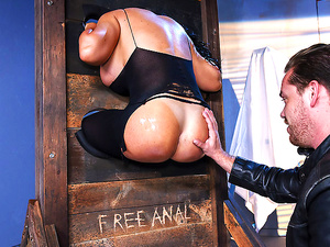 Brazzers – Free Anal 4