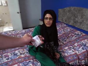 Arab girl drilled by horny stranger