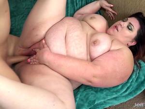 Fatty Bella Bendz fucked good