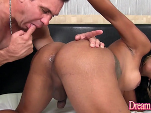 Sultry Shemale Alexia Rios Pleases the Delivery Man with Her Asshole