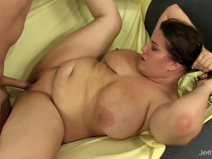 Full Figured Seductress Angel De Luca Uses Her Charms to Please a Hard Cock