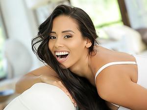 Oral Latina Loving
