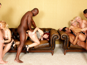 Interracial Anal Orgy on Mature Women