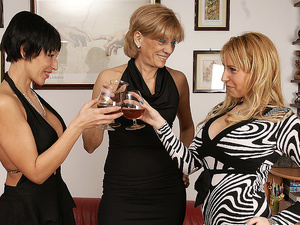 Three old and young lesbian lovers make out