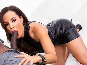 MILF Lisa Ann's Interracial Anal Date
