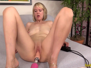 Naughty British Grandma Jamie Foster Enjoys an Orgasmic Machine Fucking