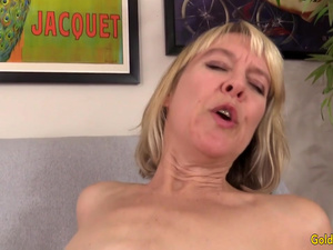 Naughty British Grandma Jamie Foster Enjoys an Orgasmic Machine Fucking