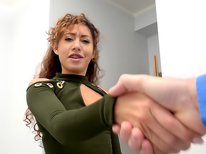 Sticky facial for sexy ass latina