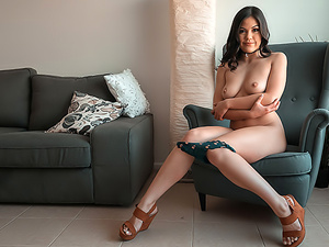 Asian Kendra: Squirting, Anal & Fetish