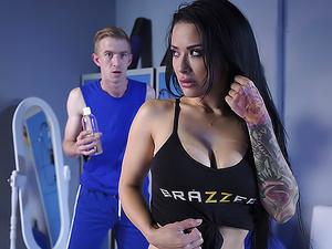 Post Workout Rubdown - Brazzers
