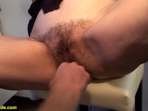 fingering a 83 years old hairy mom
