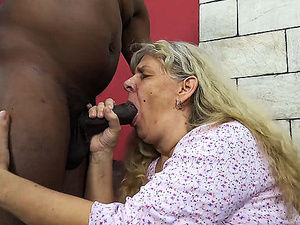 ugly 72 years old mom rough bbc fucked