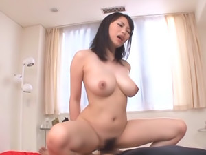 Dick riding excites Akane Yoshinaga a lot