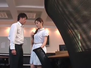 Lovely asian Tsubasa Amami loves pleasing colleague