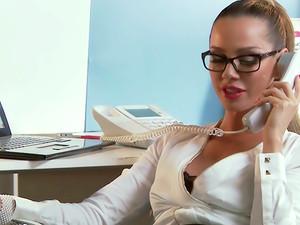 Secretary Romance