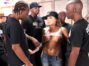 Porno video with Juelz Ventura
