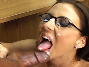 Maria Belucci gobbles a big black dick