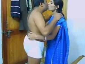INDIAN COUPLE ON THEIR HONEYMOON CAUGHT ON HIDDEN CAM