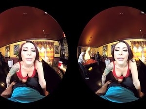 Monique Alexander , Chad White VR Oculus Rift (high quality)