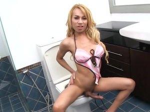 Blue Bathroom Cum